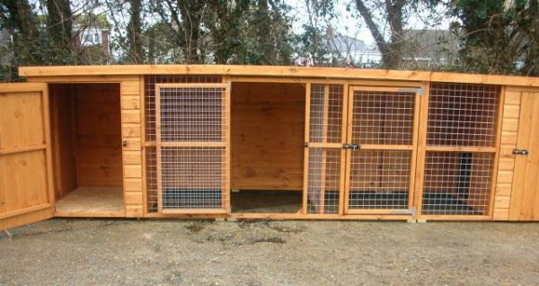 Wilton Double Dog Kennel